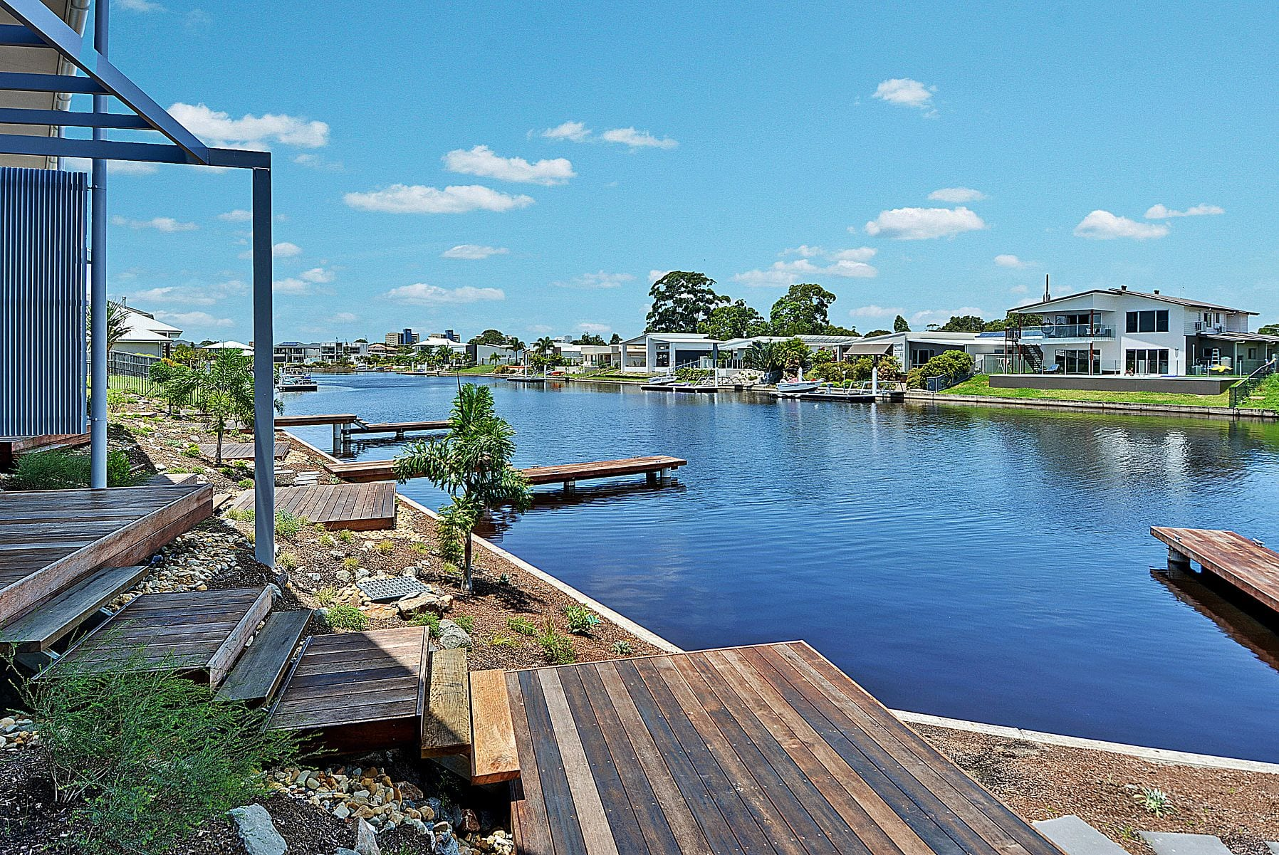 waterfront land Pelican Waters